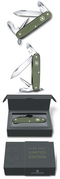 0.8201.L17 Нож Victorinox Pioneer оливковый